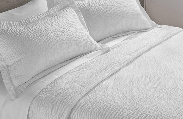 The Courtyard Linen Set Exclusive Hotel Cotton Sheets Textured Coverlet And Shamore